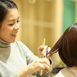 美容師は儲かるのか?平均給与が業界平均より5万円多い理由を解説